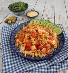 Pastasalade. Het lekkere en eenvoudige te maken recept voor deze pastasalade staat op mijn blog Homemade by Joke.