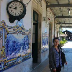 Apaixonada pelos azulejos da estação de trem de Pinhão #douro #vinhosdeportugal by laura_cavallieri