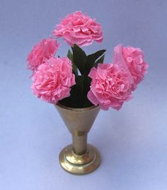 Blue Kitty Miniatures: Tutorial - Very easy paper Peony type flowers
