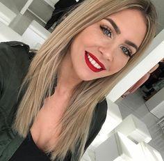 Sephora Liquid Lipstick, Mrs Bella, Videos, Lashes, Hair Color, Fashion Outfits, Women's Fashion, Hair Beauty, Long Hair Styles