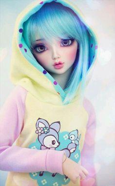 Is a Ball Jointed Doll cyristine: Mitsuru wearing a sweet pastel hoodie that I made.cyristine: Mitsuru wearing a sweet pastel hoodie that I made. Beautiful Barbie Dolls, Pretty Dolls, Cute Dolls, Pastel Hoodie, Images Murales, Barbie Images, Kawaii Doll, Kawaii Art, Realistic Dolls