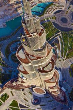 This tower in Dubai is emphasized by its isolation. No tower around is nearly as tall as this one.