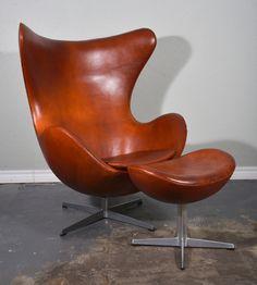 1stdibs.com | Arne Jacobsen Egg Chair and Ottoman