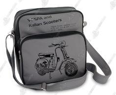 c1db1ad3a2 La Tracolla - #vespa è una spaziosa e pratica #borsa realizzata con  prodotti di