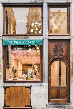 Debailleul – A Belgian brand with a French heritage, at home in Japan — Strategy & Branding by Base Design Grand Place, Long Bench, Visit Japan, French Brands, Cozy Corner, French Pastries, Creating A Brand, Source Of Inspiration, New Fonts