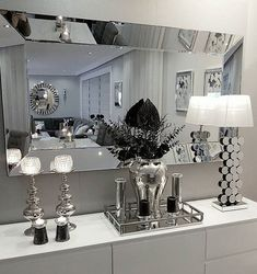 white room decor Colors For the Small Bedroom Black and White Eternity For the Small Bedroom Black And Silver Bedroom, Bedroom Black, Living Room Decor Black And White, Black Silver, Silver Bedroom Decor, Black White, Matte Black, Glam Living Room, Bedroom Colors