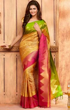 Handloom/Silk Sarees Online in India available at Best Price at Voonik India. Checkout variety of Handloom/Silk Sarees for ✓Discount ✓Cash on Delivery ✓Latest Designs. Indian Silk Sarees, Soft Silk Sarees, Indian Beauty Saree, Uppada Pattu Sarees, Silk Saree Kanchipuram, Handloom Saree, Elegant Fashion Wear, Women's Fashion, Crepe Saree