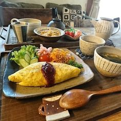 カフェのごはんってとってもおしゃれ!毎日でも通いたいって思ってしまいますよね。だったら家でもそんなカフェ風ごはんを作ってみたらいか… Ramen Recipes, Asian Recipes, Healthy Recipes, Cafe Food, Food Menu, Homemade Ramen, Plate Lunch, Exotic Food, Asian Cooking