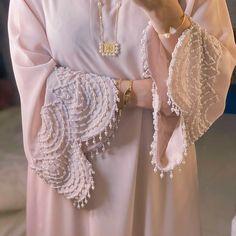Abaya Fashion, Fashion Dresses, Muslim Fashion, Diy Fashion, Beautiful Dress Designs, Stylish Dress Designs, Abaya Designs, Kurta Designs Women, Hand Embroidery Dress