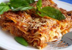 Musaka, Casserole Recipes, Food And Drink, Ethnic Recipes, Den, Google, Lasagna, Bulgur, Crock Pot Recipes