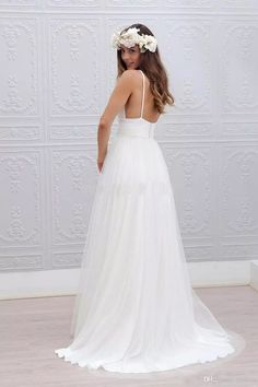 I found some amazing stuff, open it to learn more! Don't wait:https://m.dhgate.com/product/2016-beach-wedding-dresses-white-chiffon/379274436.html