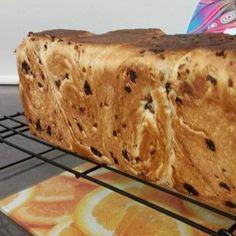 FRUIT LOAF - APRICOT & SULTANA Thermomix Bread, Breads, Fruit, Recipes, Food, Bread Rolls, Essen, Bread, Eten
