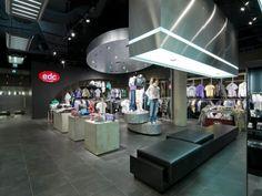 Esprit Men's Store Berlin Shop Design, Ladenflächen  Corneille Uedingslohmann Architekten