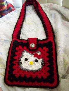 finished-kitty-purse by knittingand, via Flickr