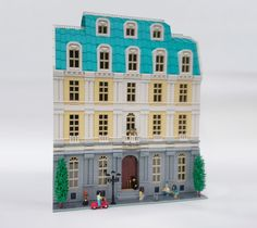 A five-star hotel experience in LEGO