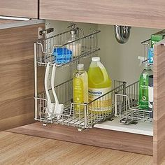 Gorgeous Kitchen Organization Ideas For Your Kitchen. Gorgeous Kitchen Organization Ideas For Your Kitchen. - Pantry With Organization Kitchen Under Sink Storage, Diy Kitchen Storage, Kitchen Cabinet Organization, Home Decor Kitchen, Kitchen Interior, New Kitchen, Home Kitchens, Under Sink Organization Bathroom, Storage Organization