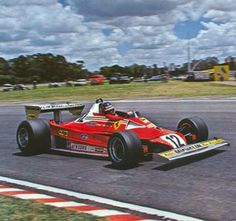 Gilles Villeneuve su Ferrari 213T2 GP Argentina 1979