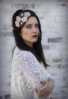 Bandeaux cheveux, headband fleurs beiges est une création orginale de elufee sur DaWanda