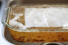 There are few things worse than old food that won't scrub off of a pan. Simply soak the pan overnight in hot water with a dryer sheet. The next day, use the dryer sheet to easily wipe away any food residue that might be left. Dryer Sheet Hacks, Uses For Dryer Sheets, Textiles, Shaving Cream, Facon, Pottery Barn Kids, Cleaning Hacks, Dishes, Baking
