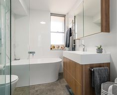 Renovating a small bathroom can be tricky when you have space limitations and when you need to play around existing plumbing, window position etc. We have compiled a short check list of things that help you organise your thoughts when you start with your small renovation transformation.
