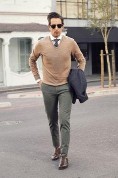 Tan v-neck knit + white dress shirt + gray printed tie + chinos + wingtip shoes