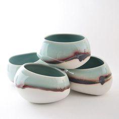 Resultado de imagen de glazuur applying techniques ceramics