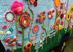 Crochet Home, Cute Crochet, Crochet Yarn, Crochet Flowers, Freeform Crochet, Needle And Thread, Yarn Crafts, Fiber Art, Crochet Projects