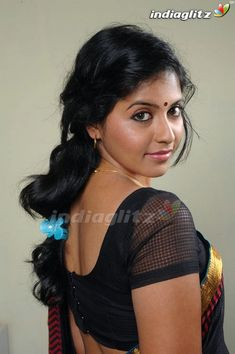 Tamil Actress Anjali Hot Photos Sexy Bikini Images or HD Saree Stills Wallpapers Gallery, Showing her Hottest Sizzling Spicy Cleavage and Navel Pictures. Tamil Actress Photos, Indian Film Actress, Indian Actresses, Actress Pics, Beautiful Celebrities, Beautiful Actresses, Saree Backless, Black Saree, Bikini Images