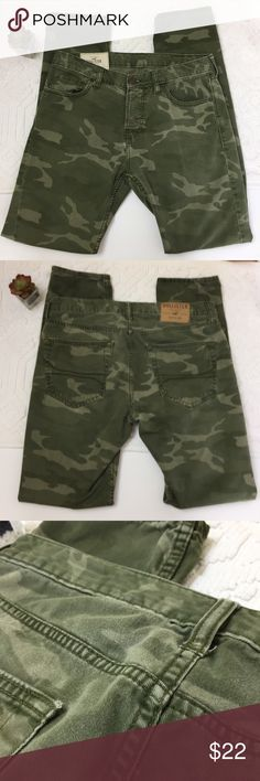 be62b532f481f Hollister Skinny Button Fly Camo Jeans Size 32x34 Hollister Skinny Button  Fly Camo Jeans Size 32x34