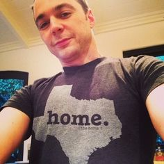 Jim Parsons (Sheldon/Big Bang Theory). Texas selfie! :)