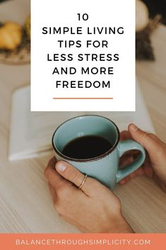 Simple living tips: Less stress and more freedom - Balance Through Simplicity What Makes You Happy, Are You Happy, Living At Home, Slow Living, Learning To Say No, Self Development, Personal Development, Stress Management, Simple Living