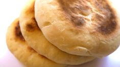 Romanian Food, Bread Baking, I Foods, Bread Recipes, Stove, Bakery, Recipies, Deserts, Goodies