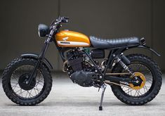 Vintage Motorcycles 626211523171837776 - Motos Source by Honda Scrambler, Cafe Racer Honda, Motos Honda, Cafe Racer Bikes, Cafe Racer Motorcycle, Motorcycle Design, Classic Motorcycle, Enduro Motorcycle, Motorcycle Pants