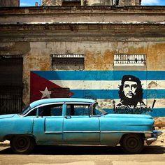 Küba, Unesco'ya göre dünyada en çok görülmek istenen ülkedir.❤️ Bu muhteşem ülkeye siz de bizimle gelmek isterseniz bilgi ve rezervasyon için 0542 387 80 13 nolu telefonumuza arayarak, whatsappla ya da sms ile ulaşabilirsiniz.😊#küba #kuba #1mayis #gezi #tatil #seyahat #havana #cocotaksi #che #fidel #castro