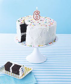 How to Serve Cake and Ice Cream Like a Pro|Simple tricks to cut and dish out these birthday party treats quickly.