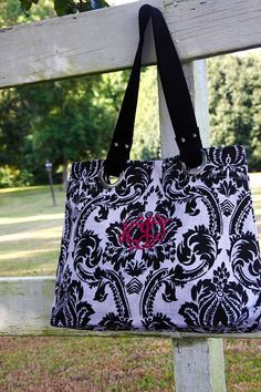 http://www.initialoutfitters.net/Susanmorgan   Monogrammed tote