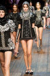 Dolce & Gabbana Fall 2014 RTW - Runway Photos - Fashion Week - Runway, Fashion Shows and Collections - Vogue Look Fashion, Runway Fashion, High Fashion, Winter Fashion, Fashion Show, Womens Fashion, Fashion Design, Fashion Trends, Milan Fashion