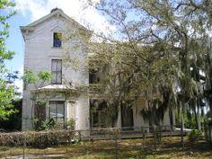 Away We Go house.  Leesburg, Florida.