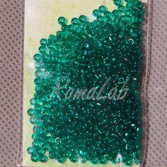 6 grammi di rocailles 10-0 da 2,2 mm. Price €0,95