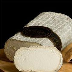Queso artesano de cabra Monte Enebro 1,4 kg aprox El queso Monte Enebro es un gran queso de cabra. Tiene en su haber infinidad de premios nacionales e internacionales y está considerado en múltiples guías como uno de los mejores productos de la gastronomía española http://www.selectosfragola.com/product/1130/0/0/1/Queso-artesano-de-cabra-Monte-Enebro-14-kg-aprox.htm