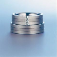 3 Stone Titanium Wedding Couple Rings Set with Free Engraving on Band Wedding Rings Sets His And Hers, Wedding Rings Simple, Custom Wedding Rings, Wedding Ring Designs, Wedding Rings Vintage, Platinum Wedding Rings, Titanium Wedding Rings, Titanium Rings, Gold Wedding Rings