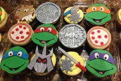 Ninja Turtles Cupcakes - Bikemom3 over on Cake Central had a little bit of fun! Amazing job!