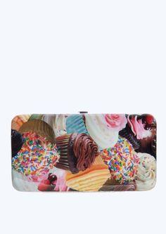 image of Cupcakes Hinged Wallet