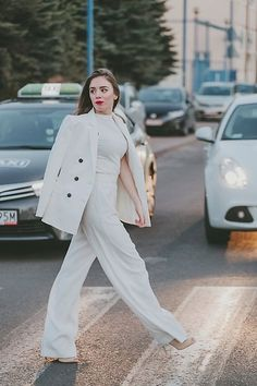 Pivonia -  - Total WHITE look   Fashion Week'16