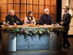 Tune in at 10|9c for a special Thanksgiving episode of #Chopped!