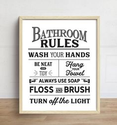 Great No Cost Vintage Bathroom art Strategies Being confident that a bath room existence about the luxurious functional involving the rest of your