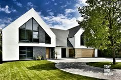 Tony Holt Design : Self build remodel of existing bungalow - Contemporary style.