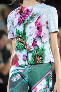 Mary Katrantzou at London Fashion Week Spring 2014 - StyleBistro
