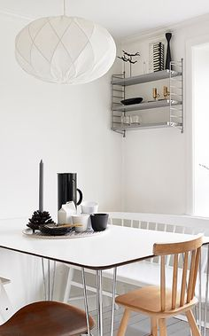 Cozy Swedish home - via Coco Lapine Design