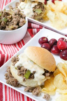 These Philly Cheesesteak Sloppy Joes are a fun take on the popular loose meat sandwiches! Delicious Dinner Recipes, Lunch Recipes, Beef Recipes, Top Recipes, Yummy Recipes, Chicken Recipes, Recipies, Loose Meat Sandwiches, Wrap Sandwiches